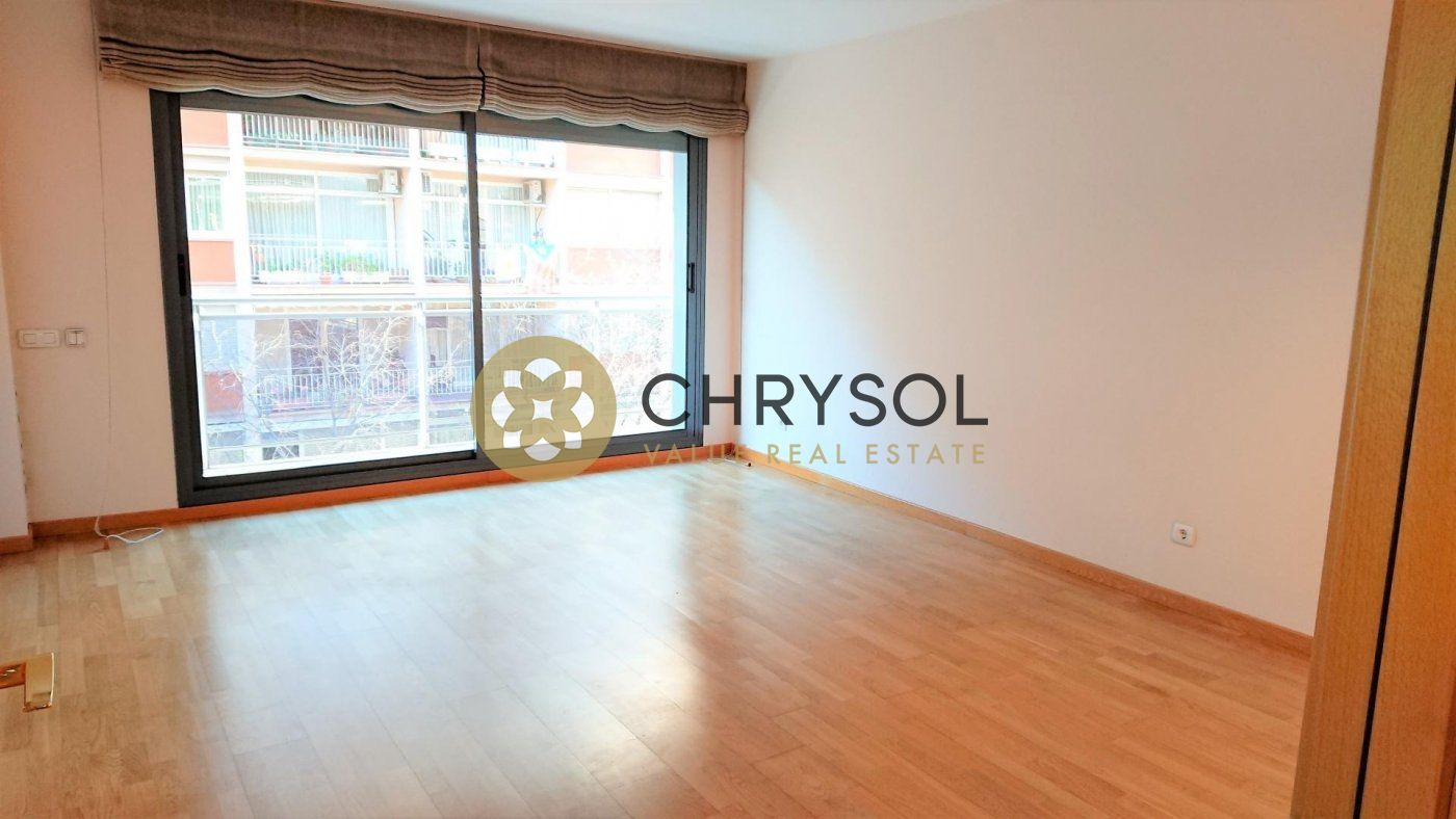 piso en barcelona · la-nova-esquerra-de-leixample 525000€