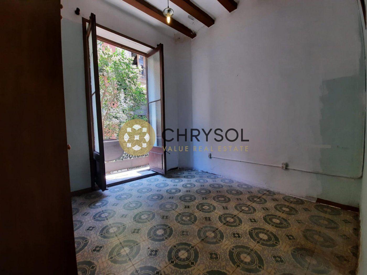flat en barcelona · el-raval 190000€