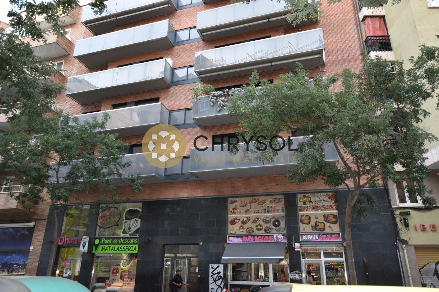 local-comercial en barcelona · sants 265000€