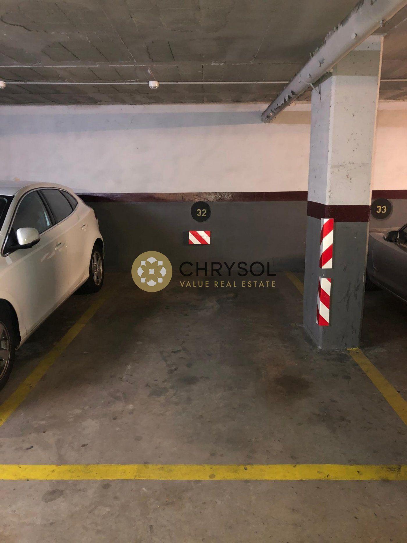 parking en barcelona · les-tres-torres 120€