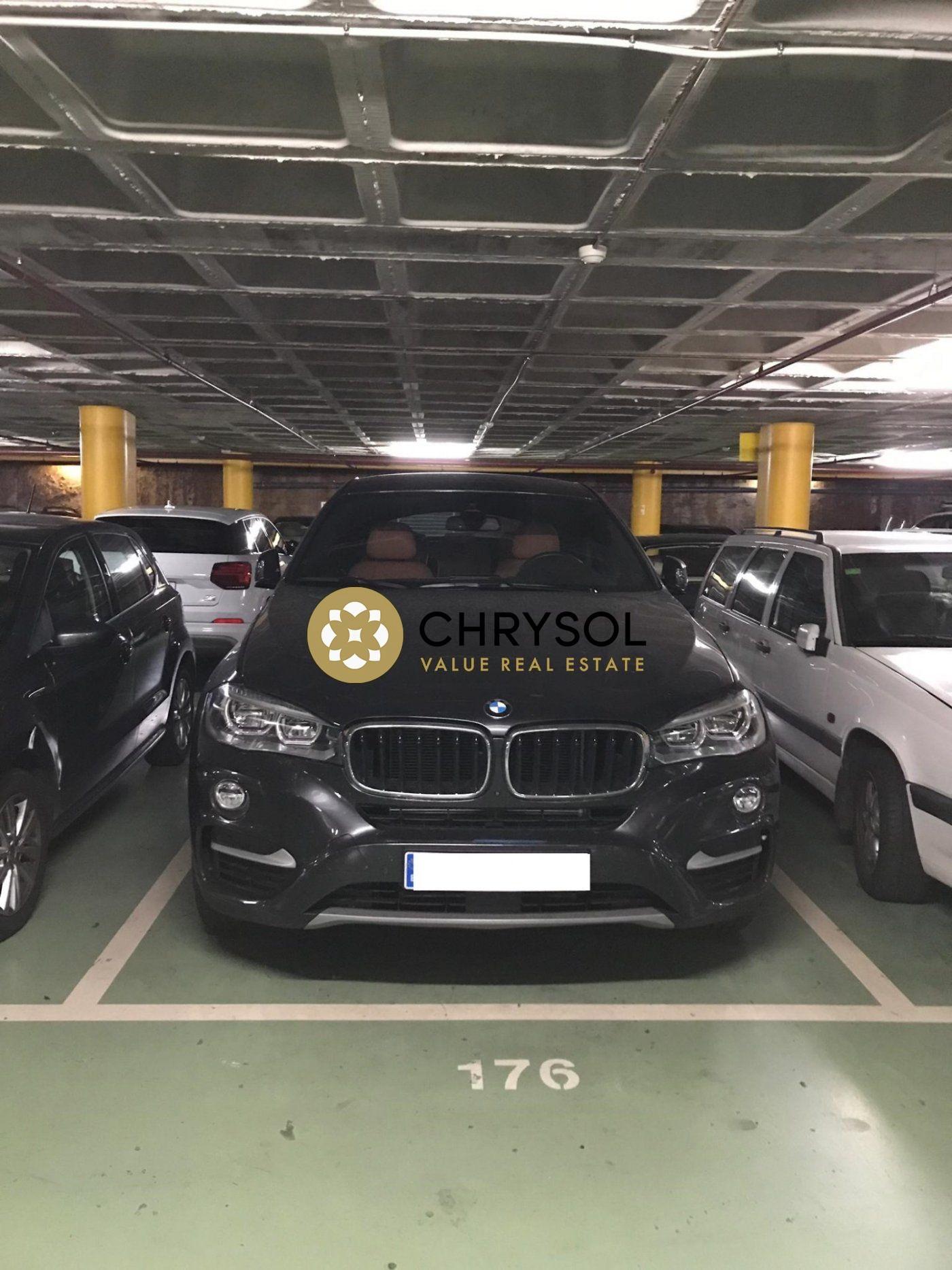 parking en barcelona · les-tres-torres 145€