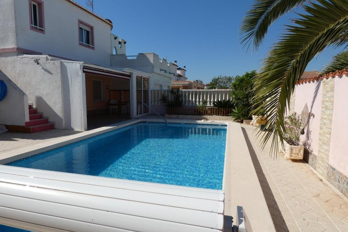 5 !bedroom  in Torrevieja - Keysol Property S.L.