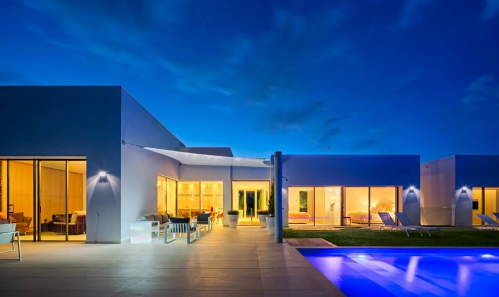 Luxury villas with private pool and garden - Keysol Property S.L.