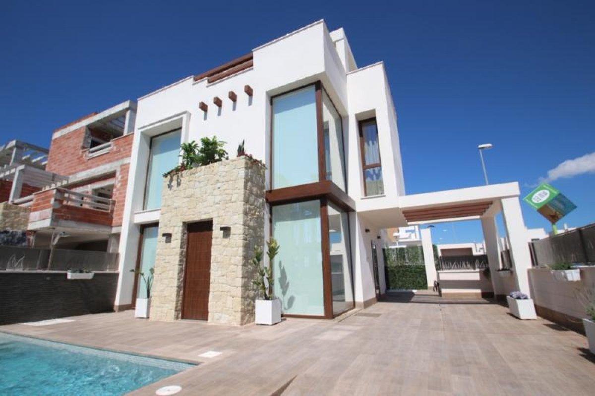 Modern detached villas with pool - Keysol Property S.L.