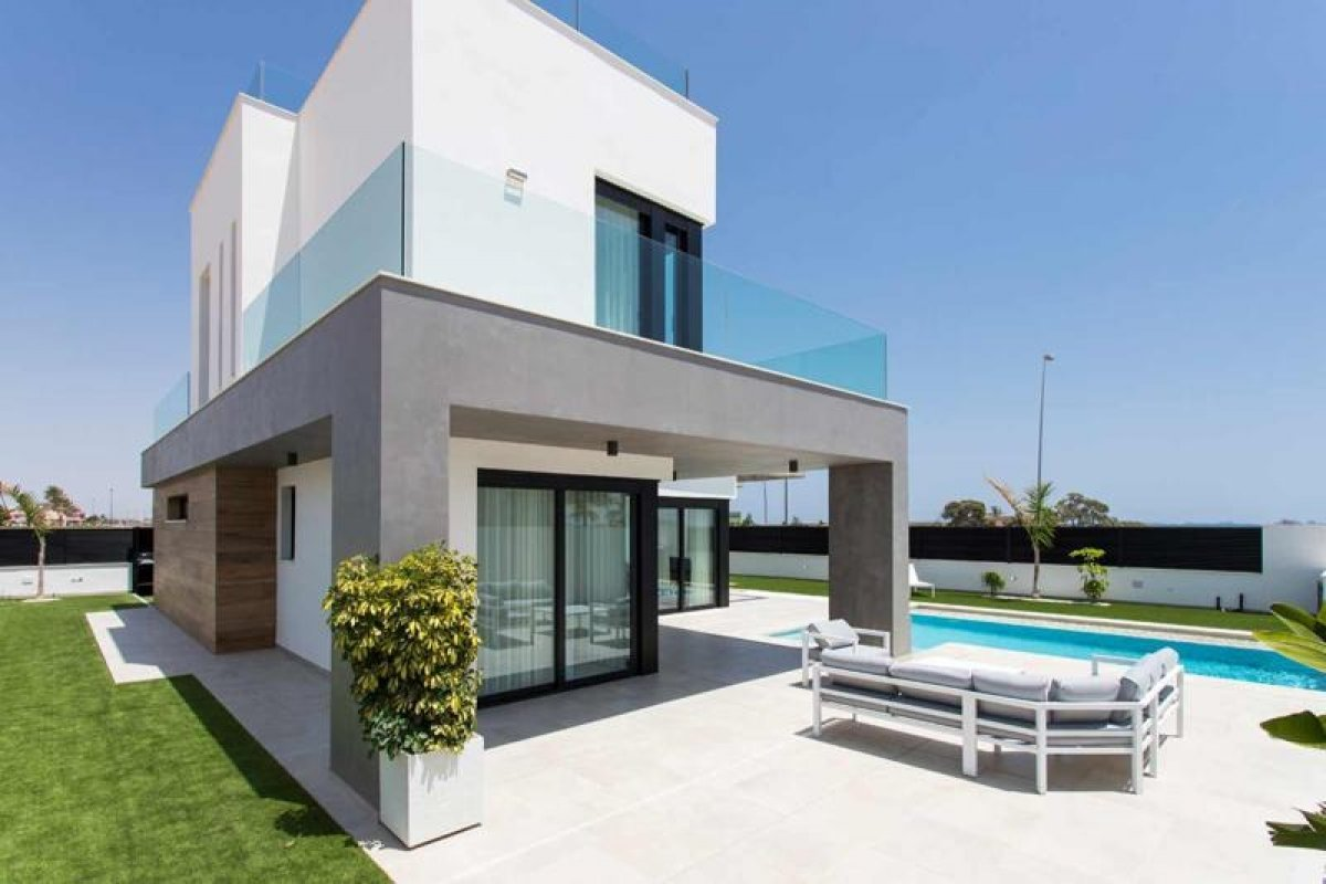 Espaciosa villa independiente junto a campo de golf - Keysol Property S.L.