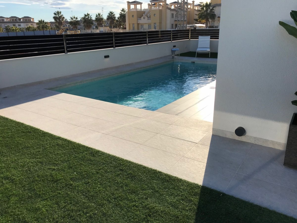 Modern independant villas with a prívate pool. - Keysol Property S.L.