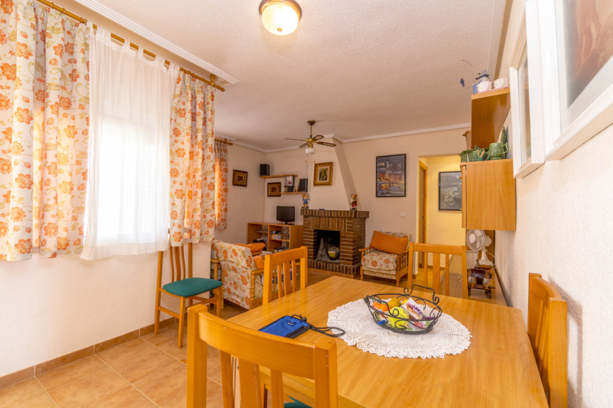 First floor apartment located in Cabo Roig - Keysol Property S.L.