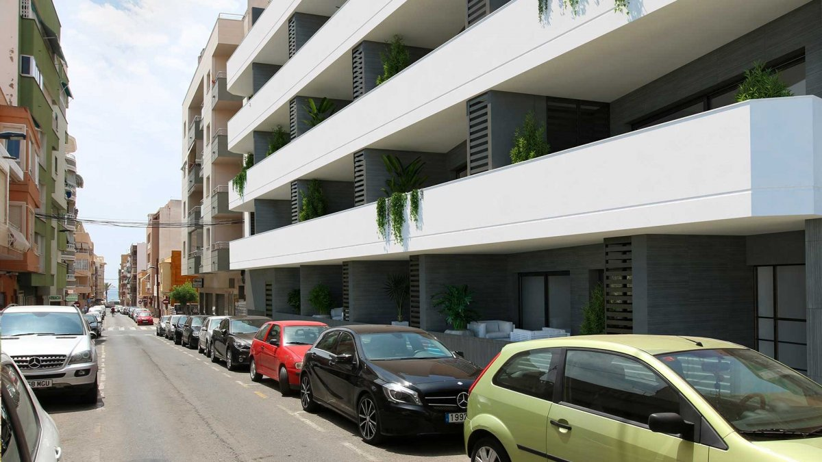 Modern apartment building with pool in the center of Torrevieja. - Keysol Property S.L.