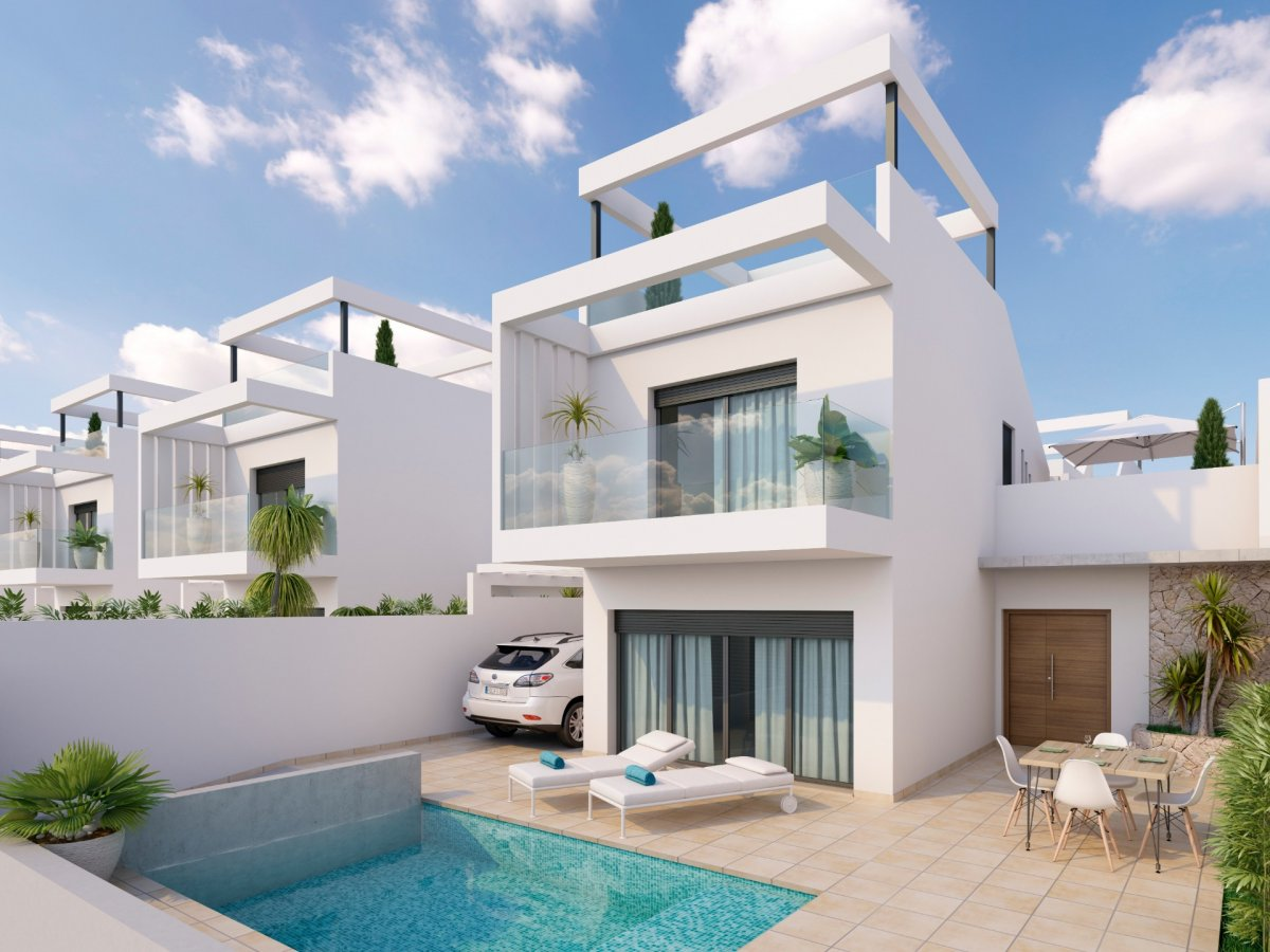 Independent villa with golf course views in Los Alcázares. - Keysol Property S.L.