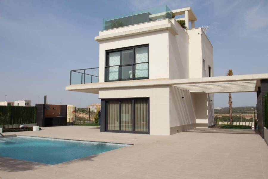 Espectacular villa de lujo de estilo moderno con vistas al mar en un enclave inmejorable - Keysol Property S.L.