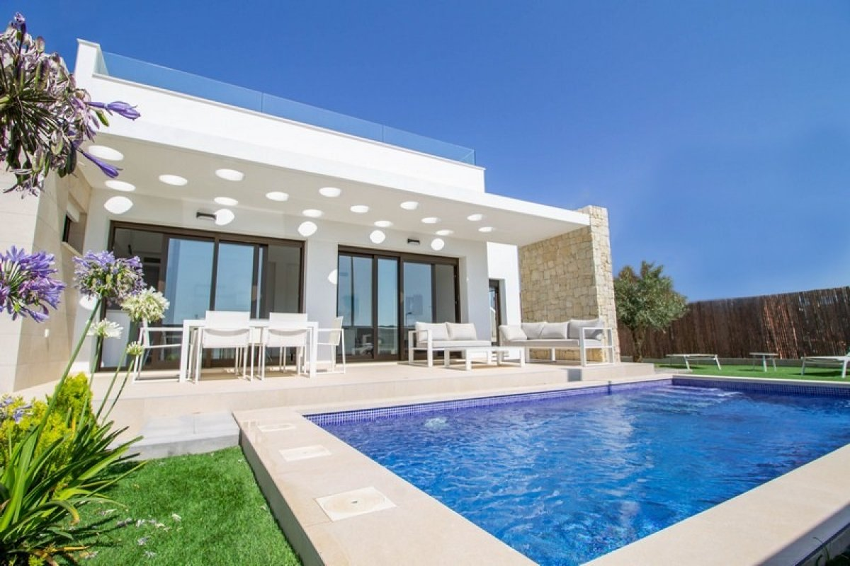 Bright Detached villa on plots in Vistabella golf course resort - Keysol Property S.L.