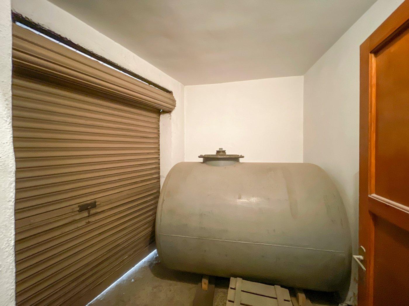 Magnifica casa con garaje en centro de onil - imagenInmueble31