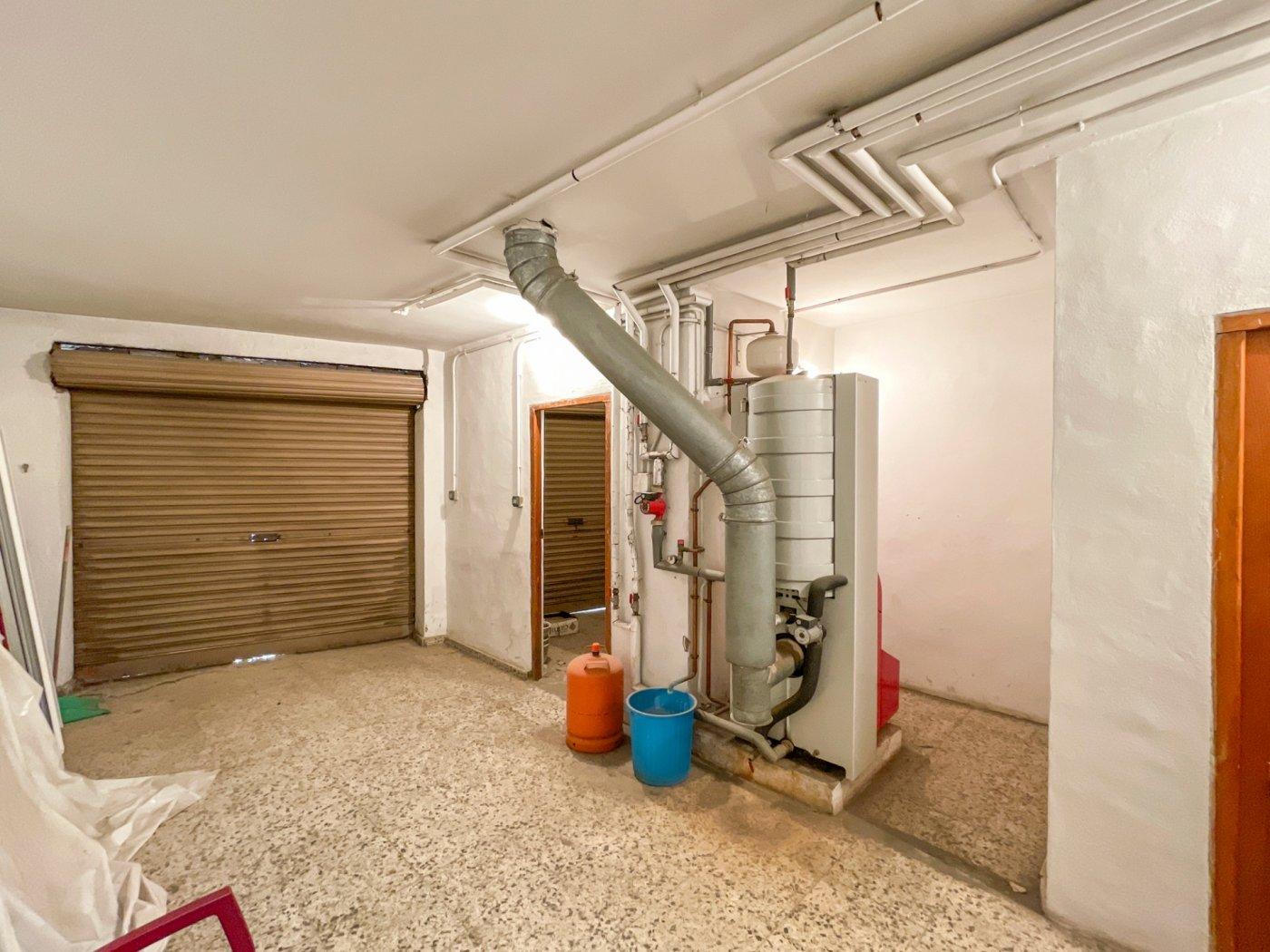 Magnifica casa con garaje en centro de onil - imagenInmueble8