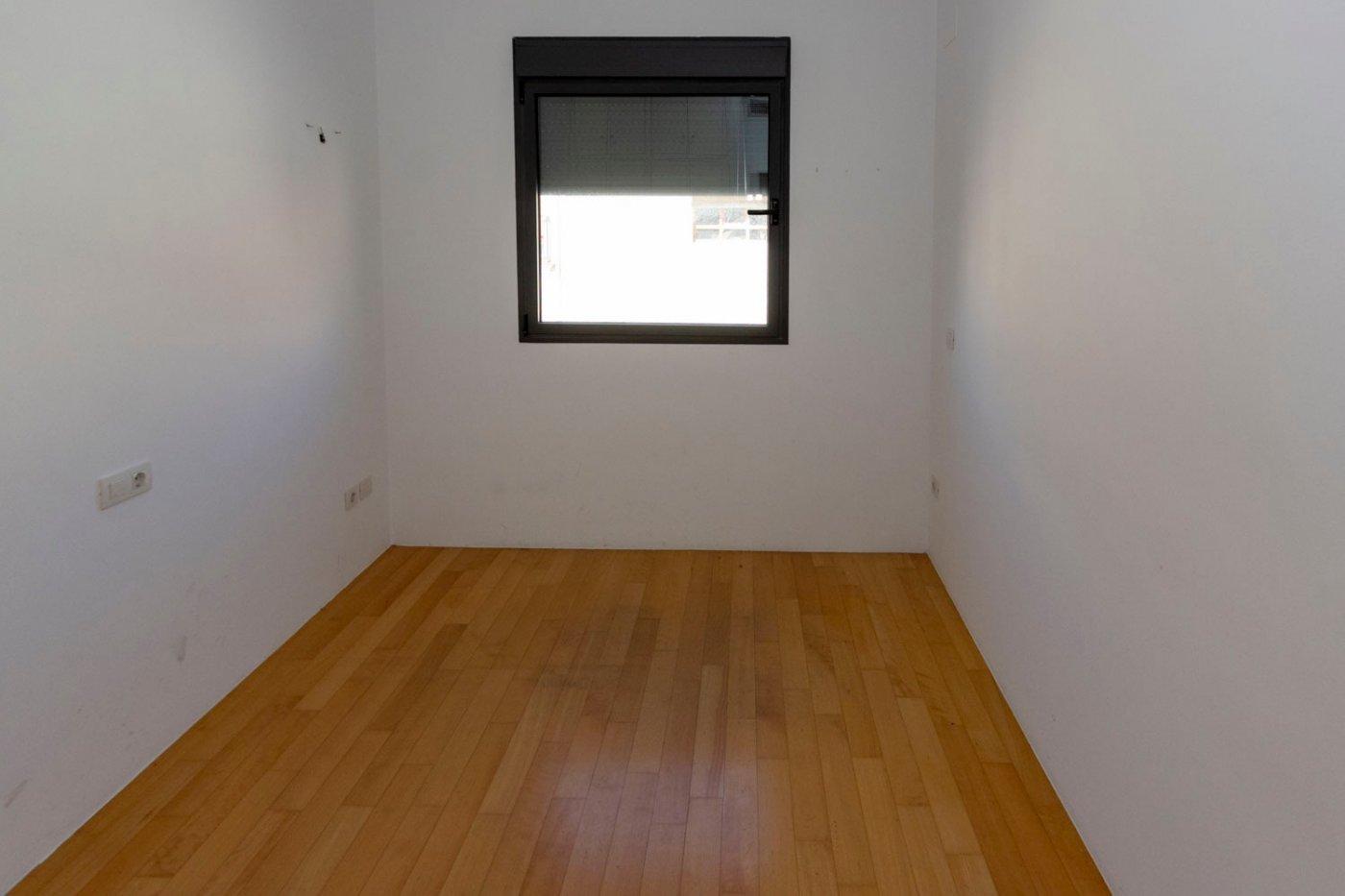 Piso de dos dormitorios de reciente construcción en zona centro de castalla - imagenInmueble11