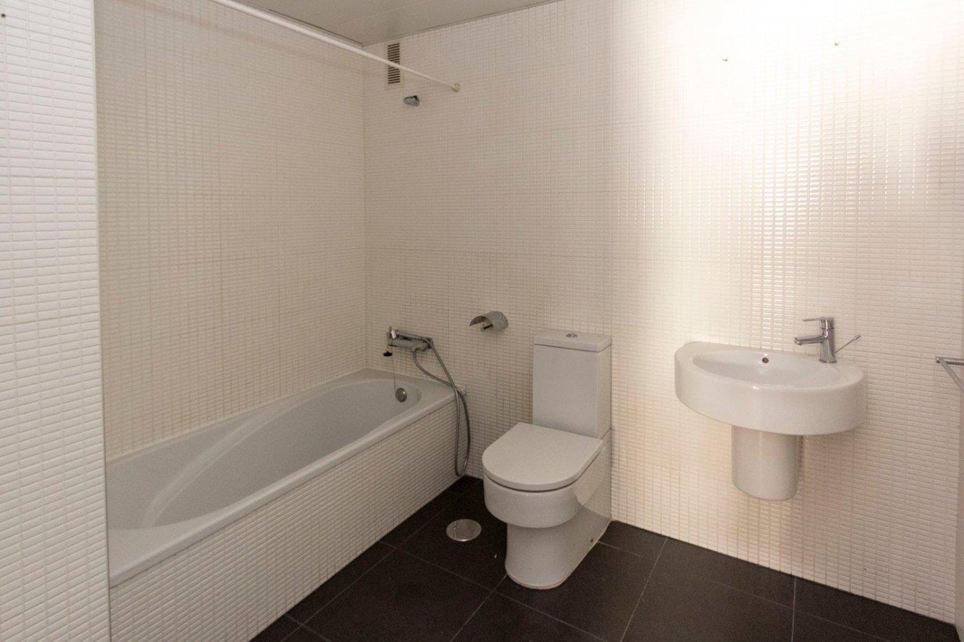 Piso de dos dormitorios de reciente construcción en zona centro de castalla - imagenInmueble15