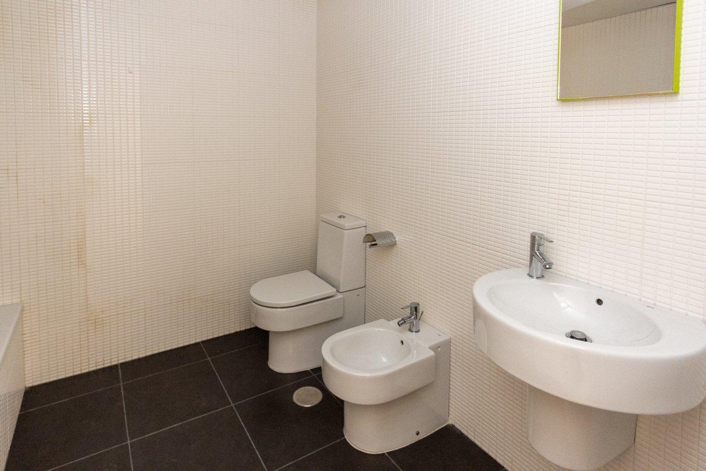 Piso de dos dormitorios de reciente construcción en zona centro de castalla - imagenInmueble10