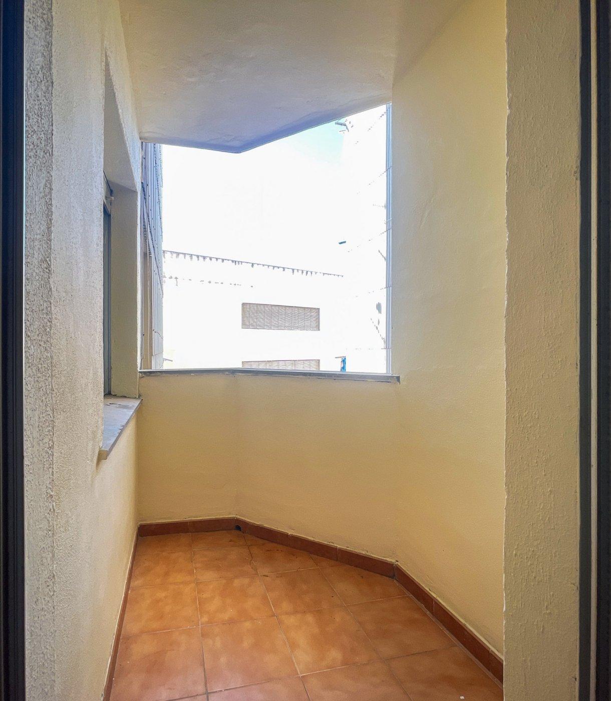Estupendo piso muy soleado en plena avenida de la hispanidad de alcoy!! - imagenInmueble15