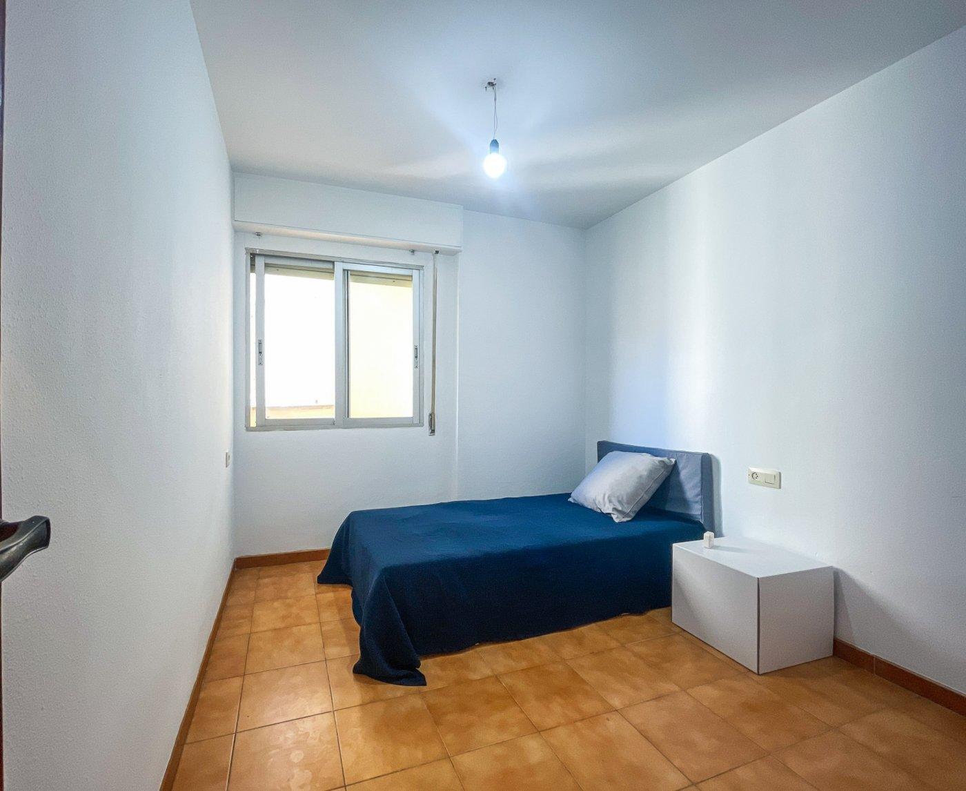 Estupendo piso muy soleado en plena avenida de la hispanidad de alcoy!! - imagenInmueble21