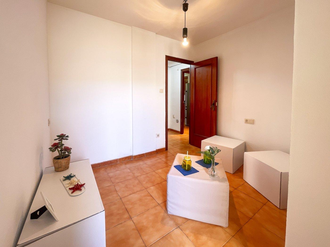 Estupendo piso muy soleado en plena avenida de la hispanidad de alcoy!! - imagenInmueble23