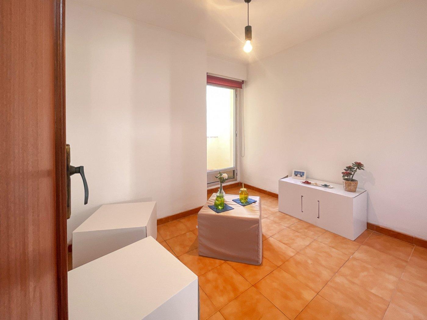 Estupendo piso muy soleado en plena avenida de la hispanidad de alcoy!! - imagenInmueble24