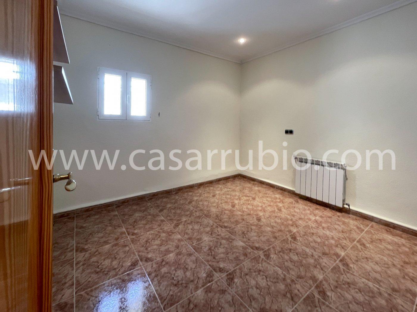 Estupenda casa reformada y con terraza en onil !! - imagenInmueble11