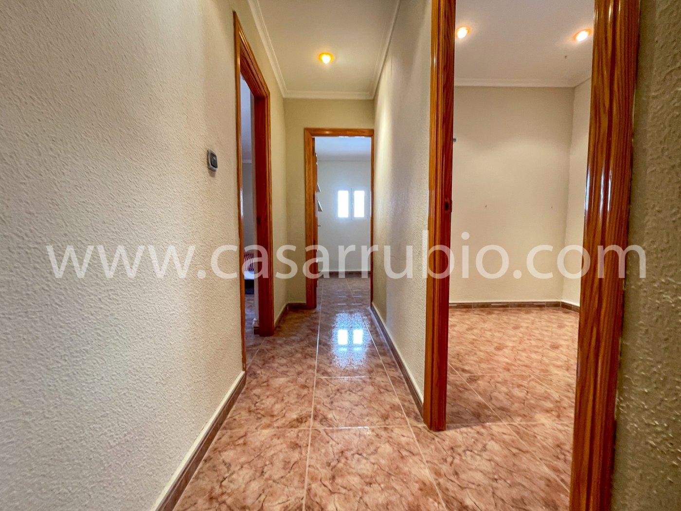 Estupenda casa reformada y con terraza en onil !! - imagenInmueble16