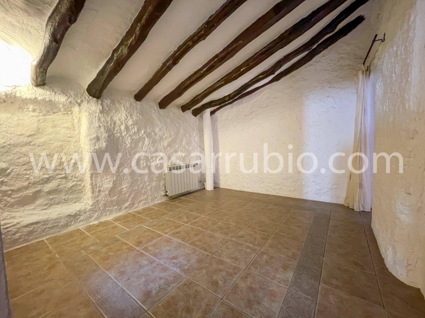 Estupenda casa reformada y con terraza en onil !! - imagenInmueble18