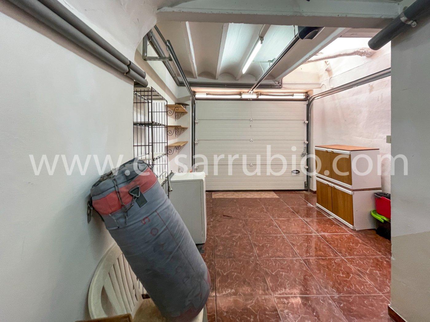 Estupenda casa reformada y con terraza en onil !! - imagenInmueble24
