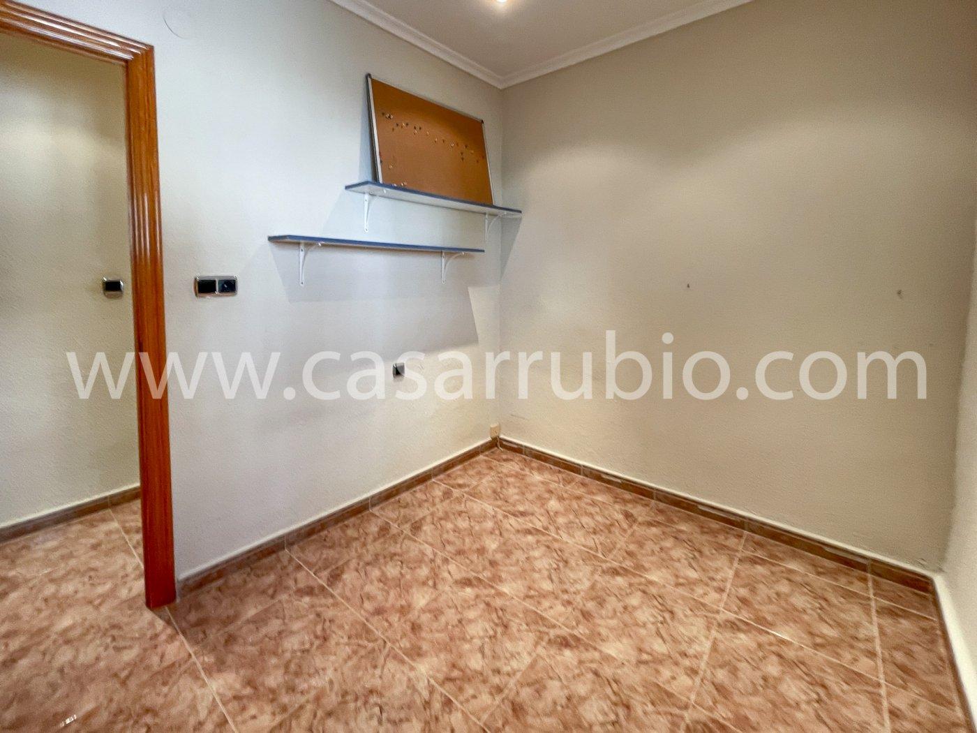 Estupenda casa reformada y con terraza en onil !! - imagenInmueble4
