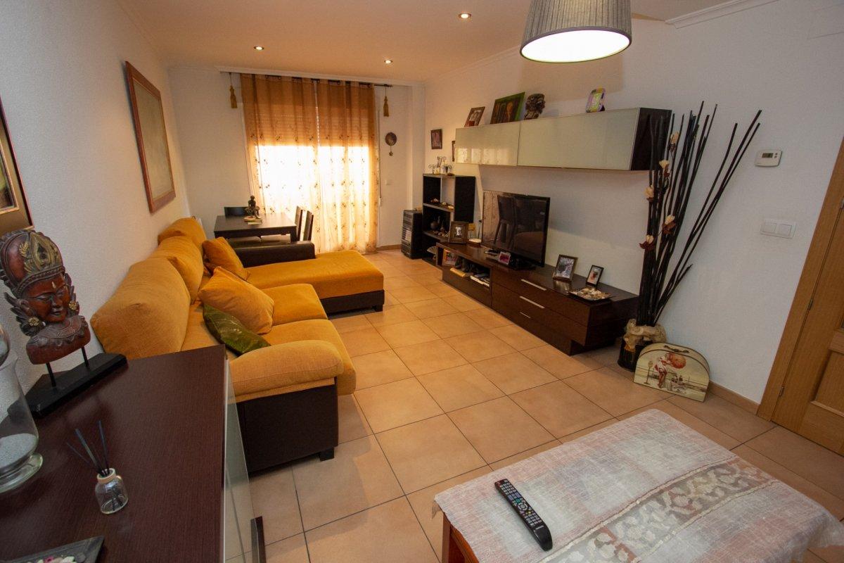 casa en onil · paseo-de-la-virgen 123000€