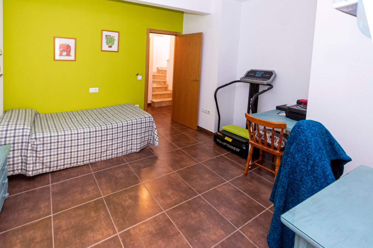 Casa reformada en castalla en zona ayuntamiento !! - imagenInmueble15