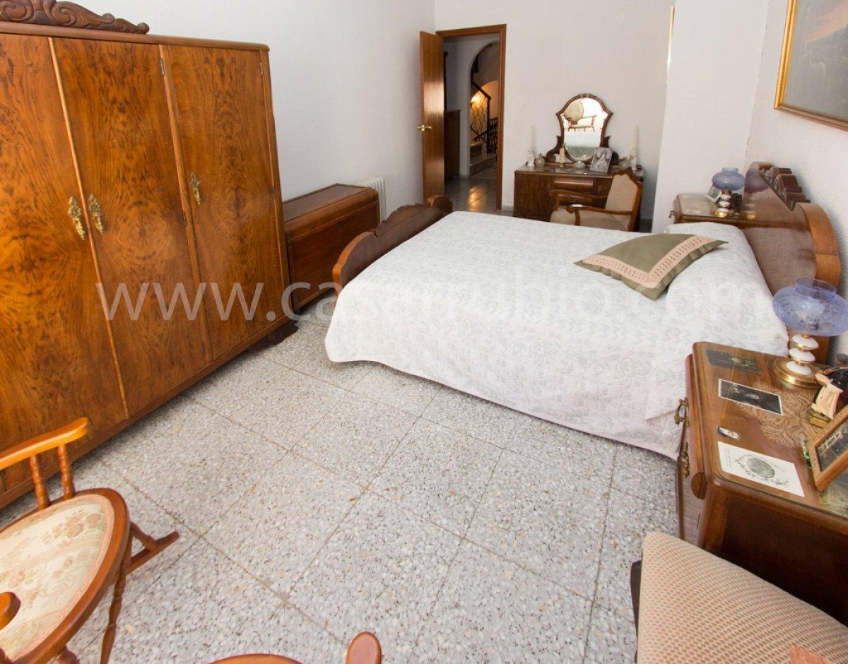 Casa en pleno centro de onil - imagenInmueble12