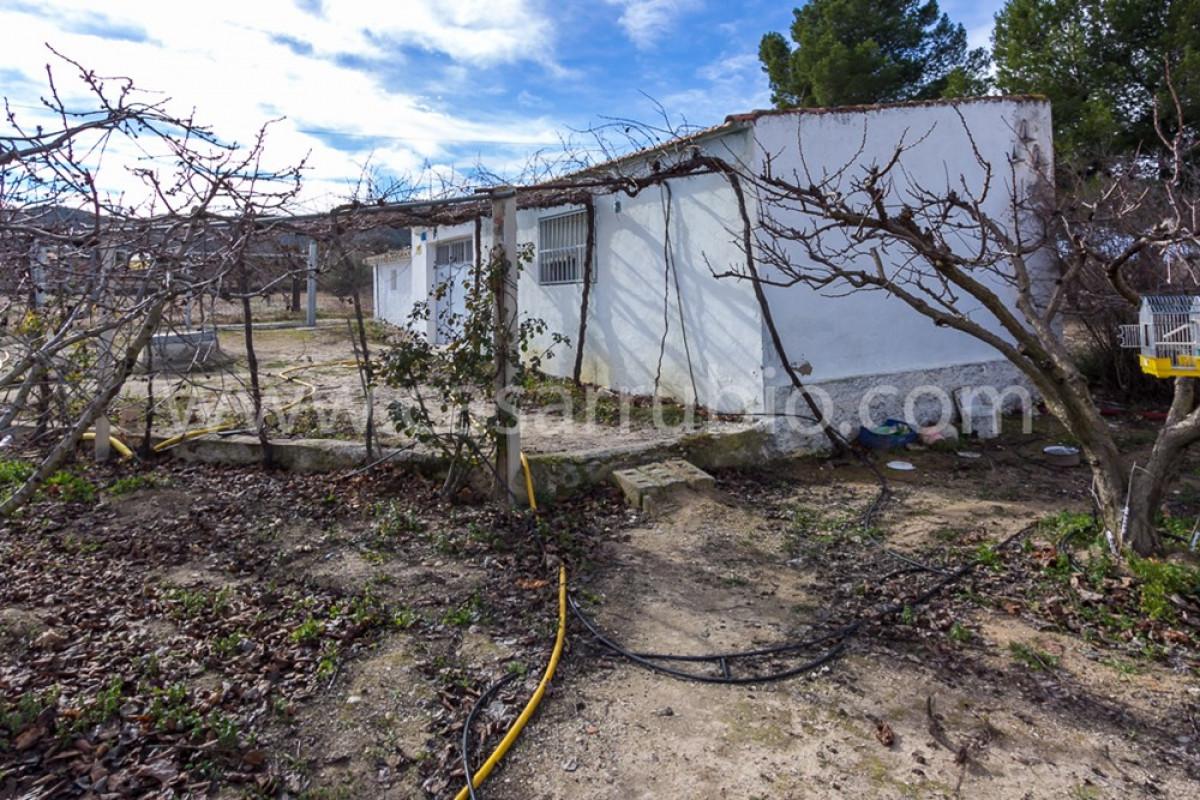 Venta de casa de campo en castalla - imagenInmueble12