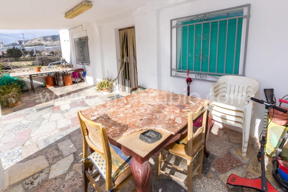 Venta de casa de campo en castalla - imagenInmueble4