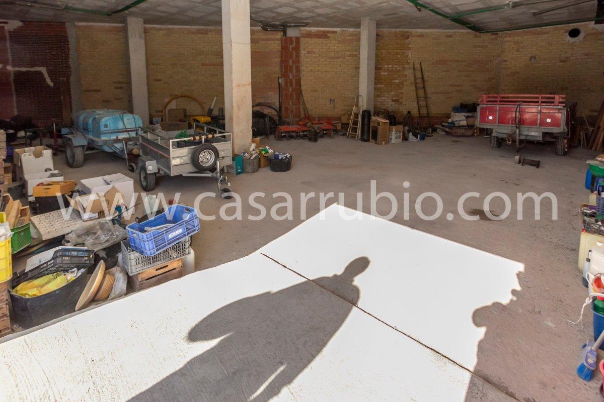 Local disponible ideal para comercios!! - imagenInmueble2