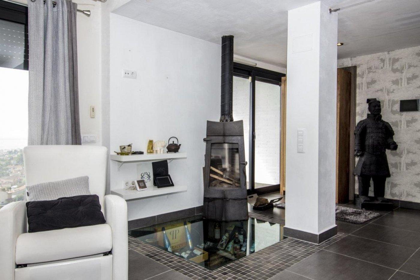 Casa exclusiva con piscina - imagenInmueble9