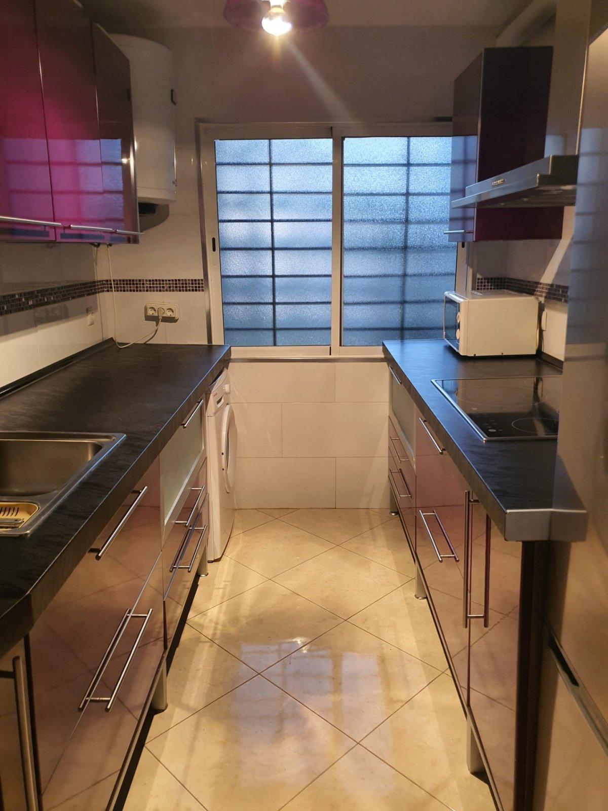 piso en montequinto · centro 600€