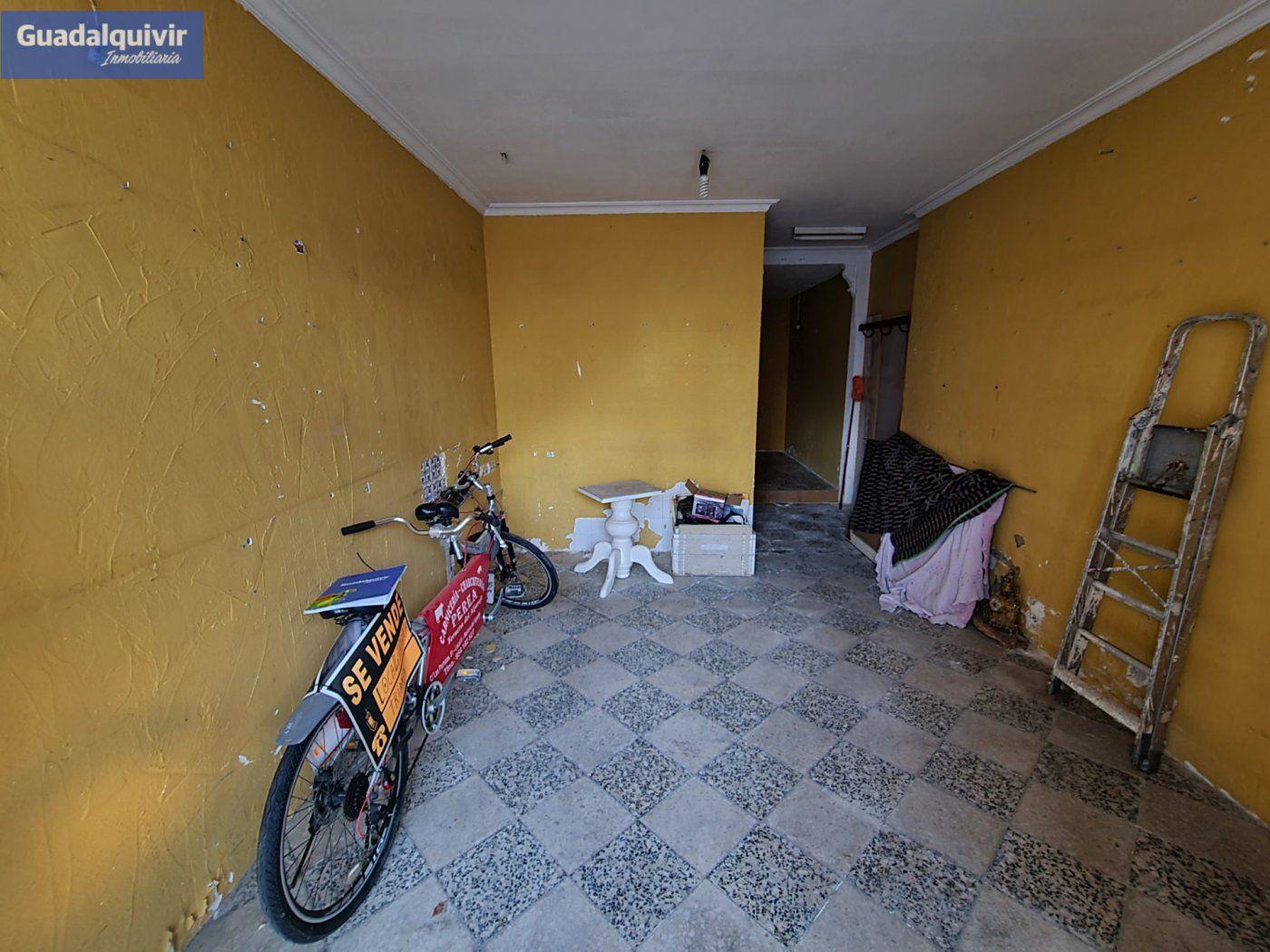 local-comercial en sevilla · ronda-de-triana-patrocinio-turrunuelo 52300€