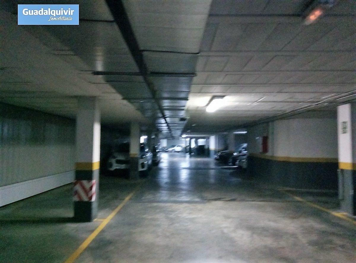 garaje en sevilla · ctra-de-carmona-miraflores 27000€