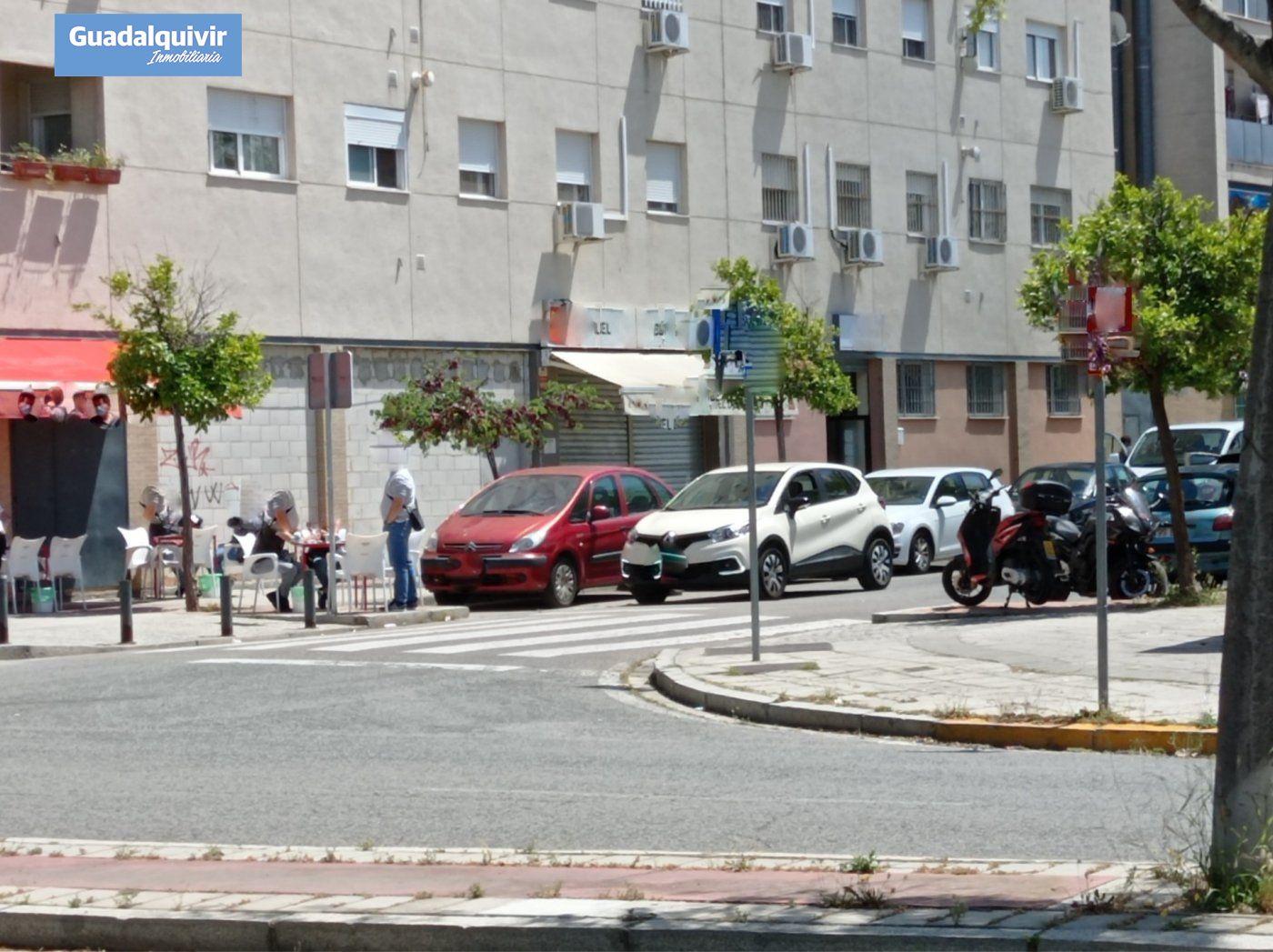 local-comercial en sevilla · palmete-padre-pio-hacienda-san-antonio 55000€