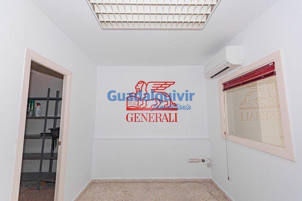 local-comercial en montequinto · centro 56600€