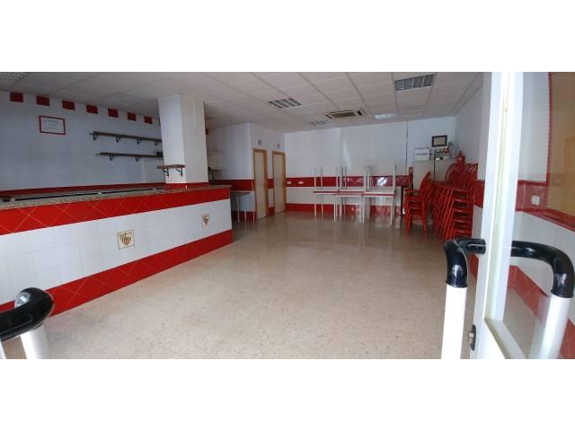 local-comercial en montequinto · zona-avenida-de-europa 120000€
