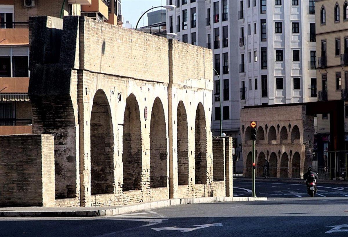 local-comercial en sevilla · puerta-carmona-puerta-osario-amador-de-l 389000€
