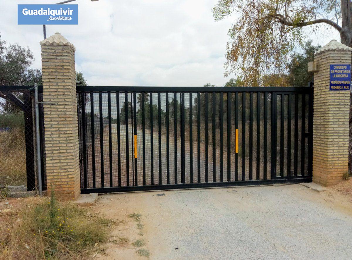 terreno-rural en alcala-de-guadaira · - 59900€