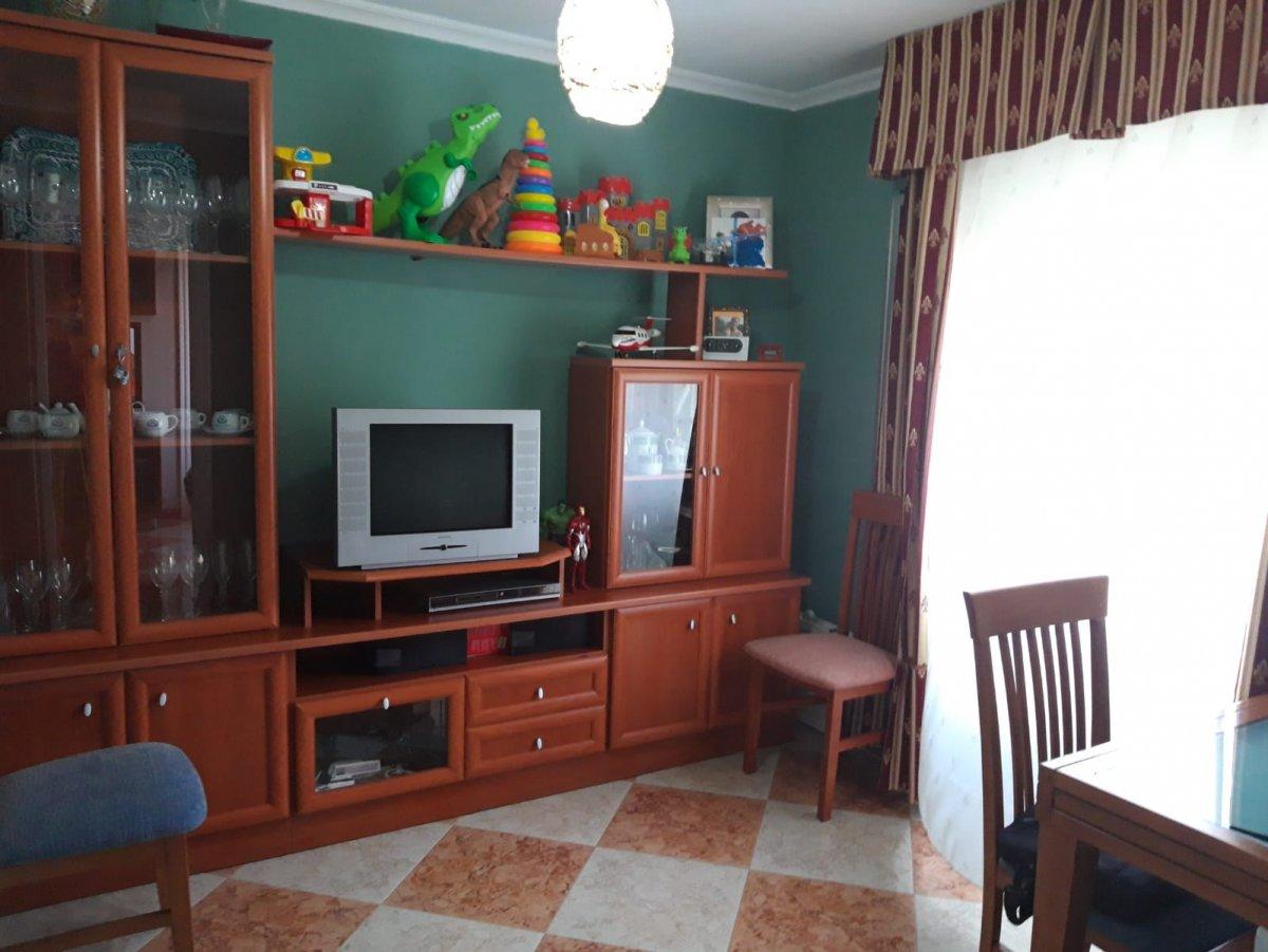 piso en montequinto · centro 95000€