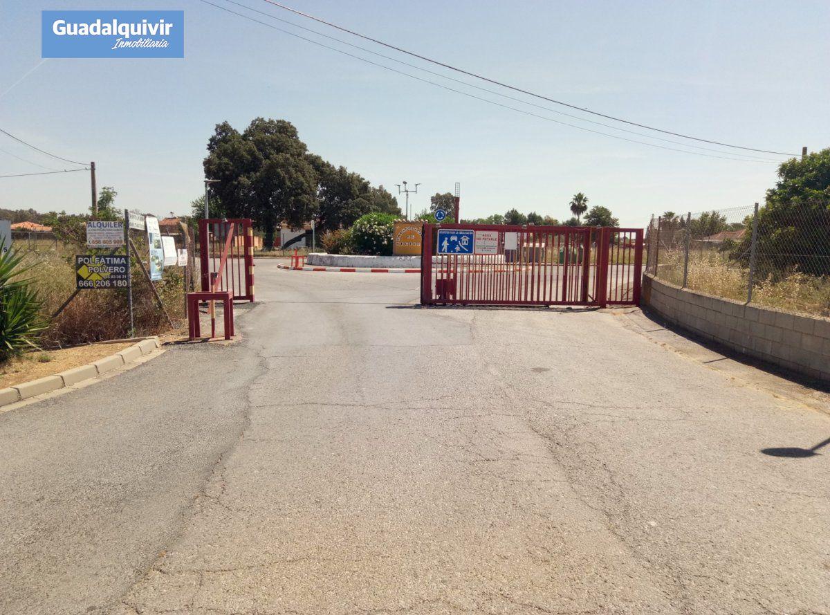 terreno-rural en alcala-de-guadaira · ctra-utrera 310000€