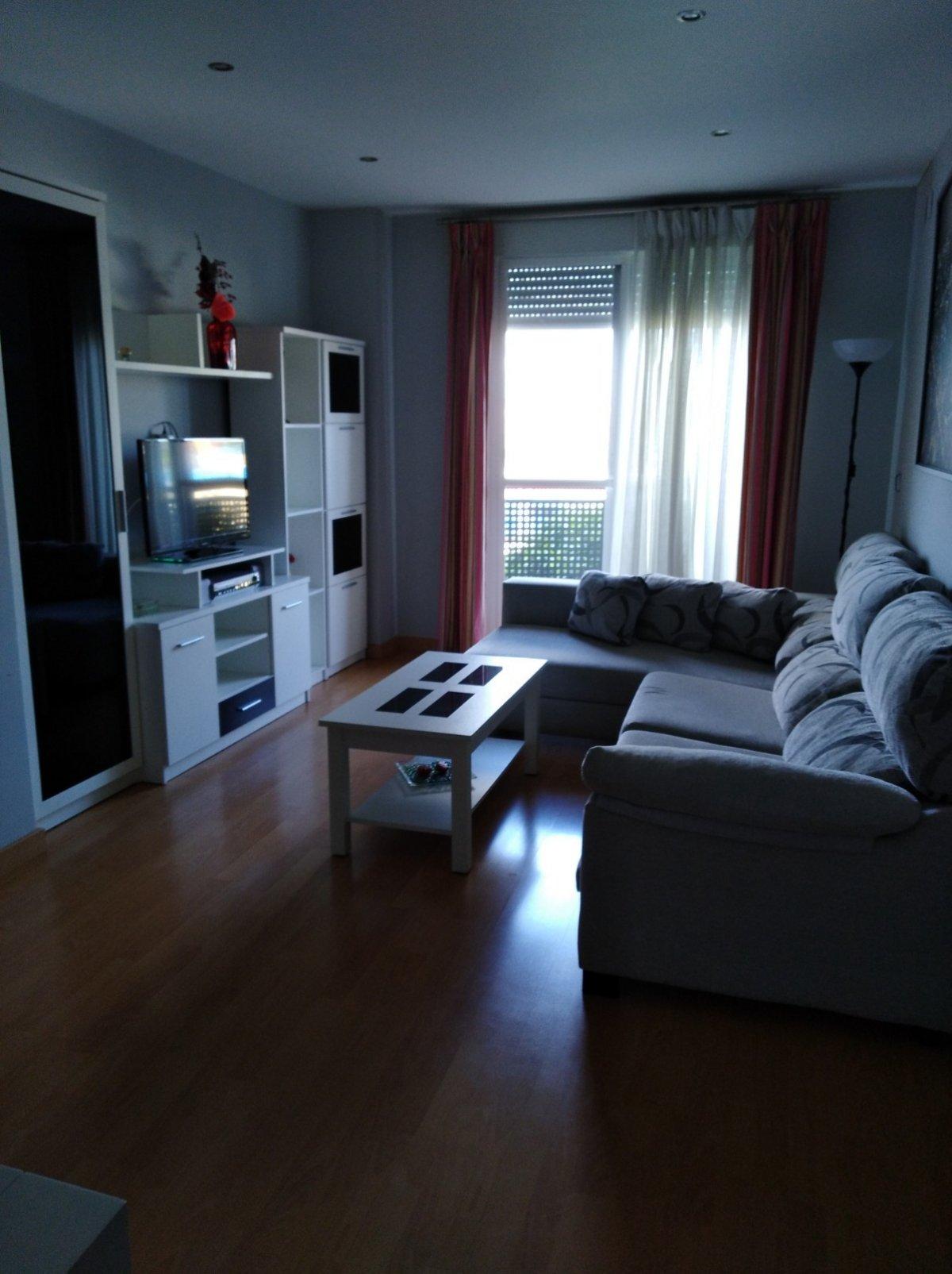 piso en montequinto · centro 650€