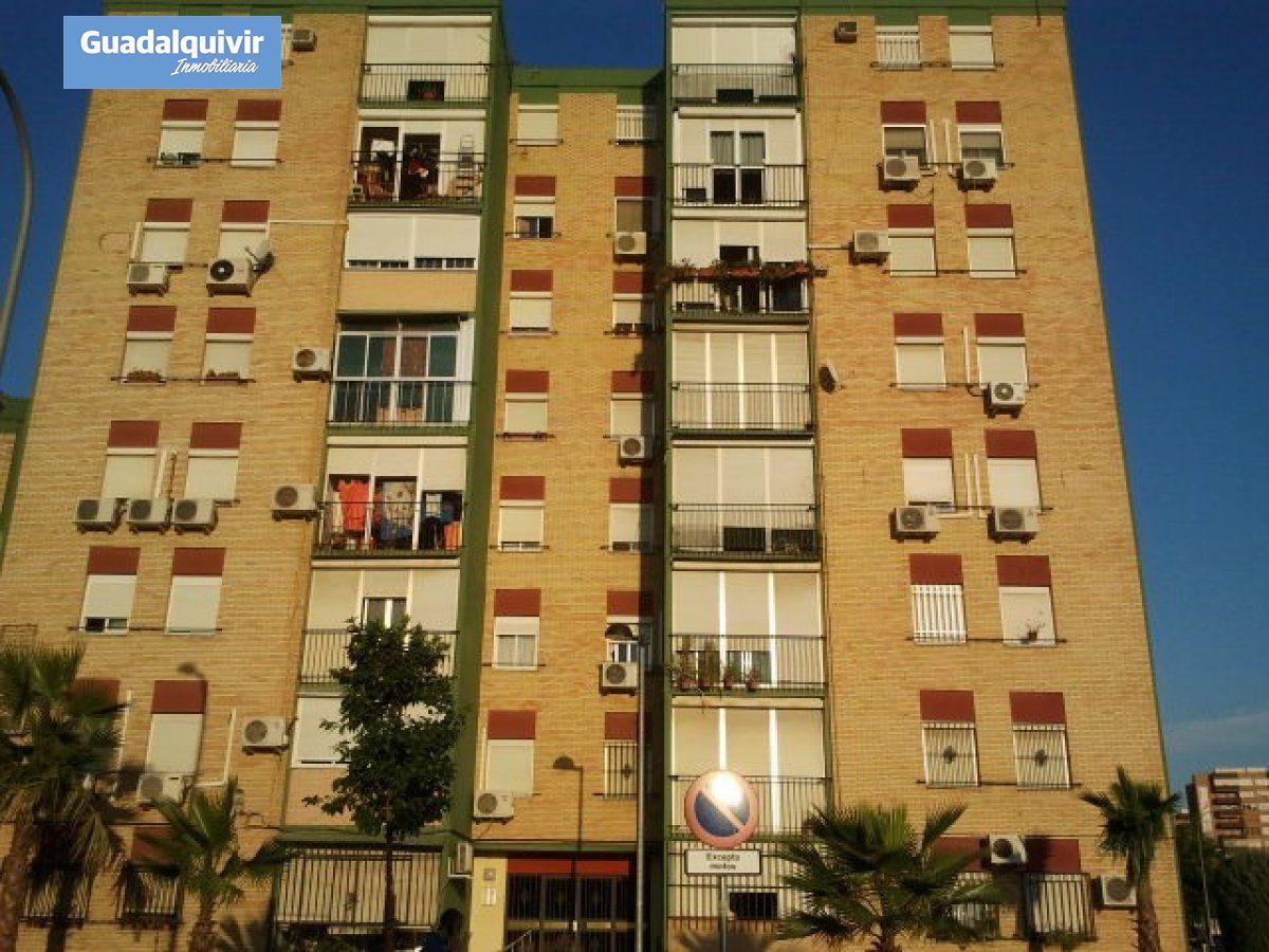piso en montequinto · centro 112300€