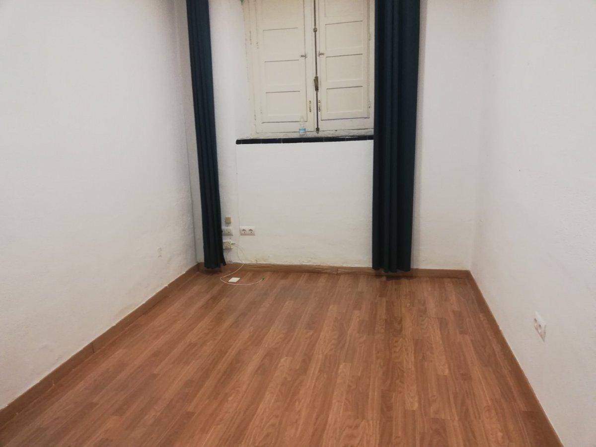 oficina en sevilla · felipe-ii---bueno-monreal 450€