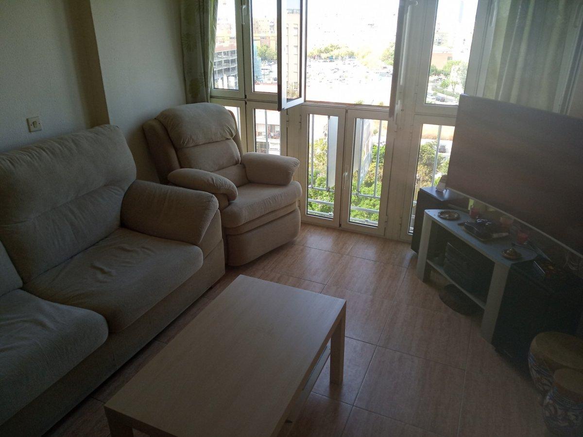 piso en sevilla · la-salle-avd-manuel-del-valle-las-nacion 131000€
